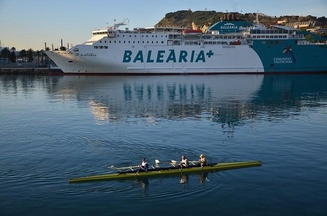 La importancia de los plazos de servicio en la logística de las Islas Baleares